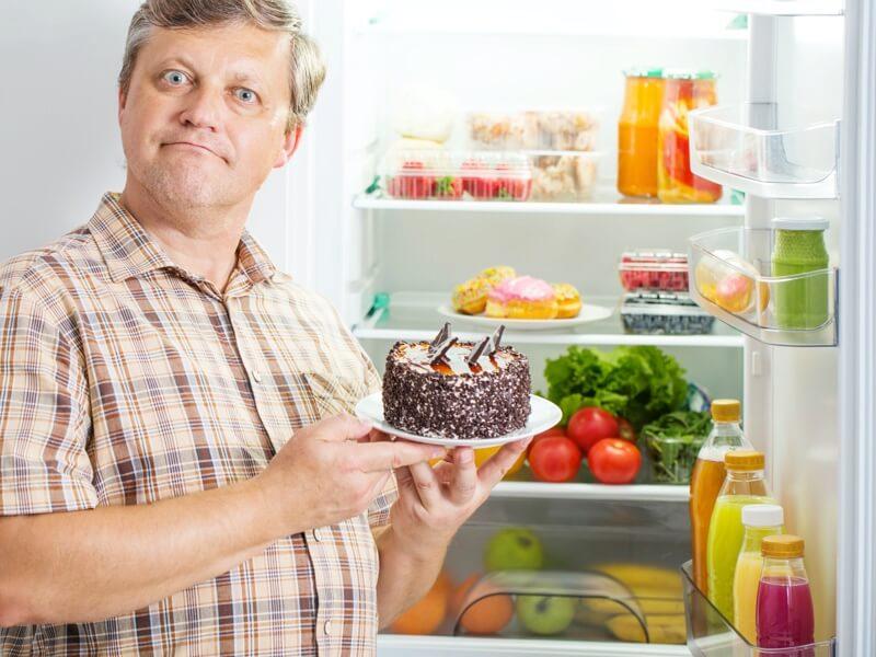 Élelmiszerek tárolása a hűtőszekrényben
